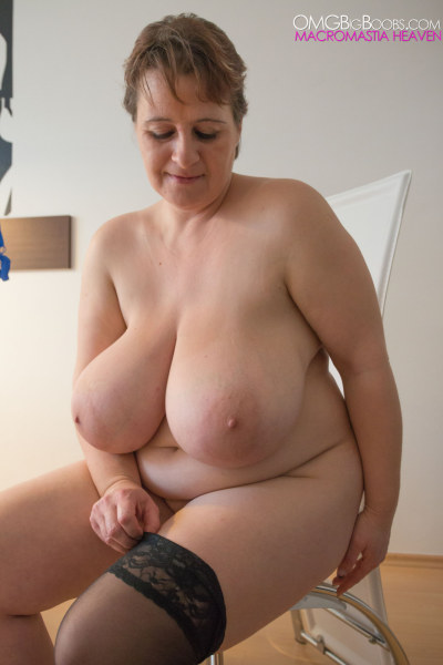 MILF Kristy from omgbigboobs - Chubby Parade